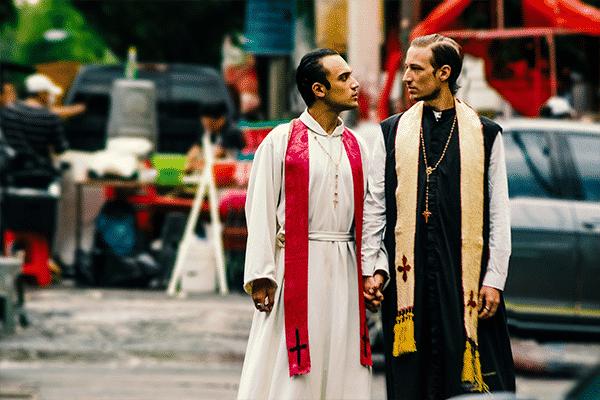 censura-foto-sacerdotes