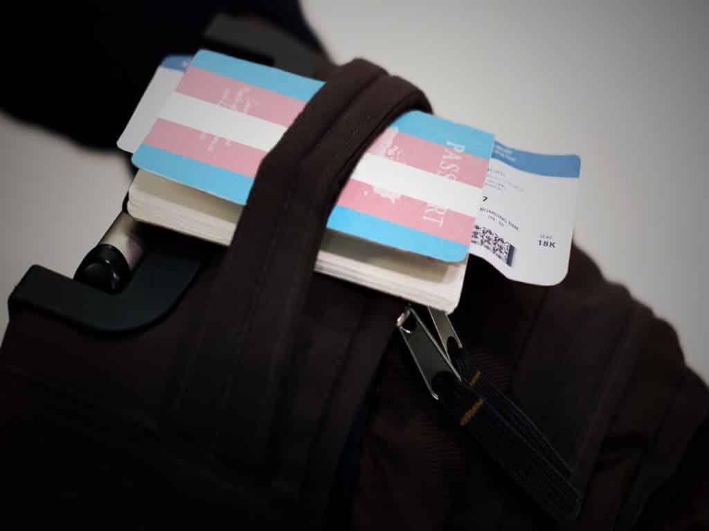 viajar-siendo-trans-es-muy-diferente-maleta