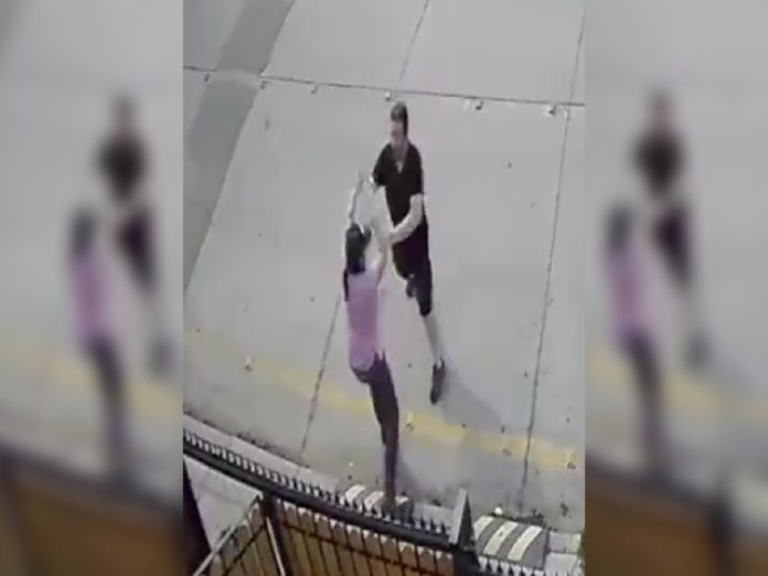vecino amenazó pareja lésbica