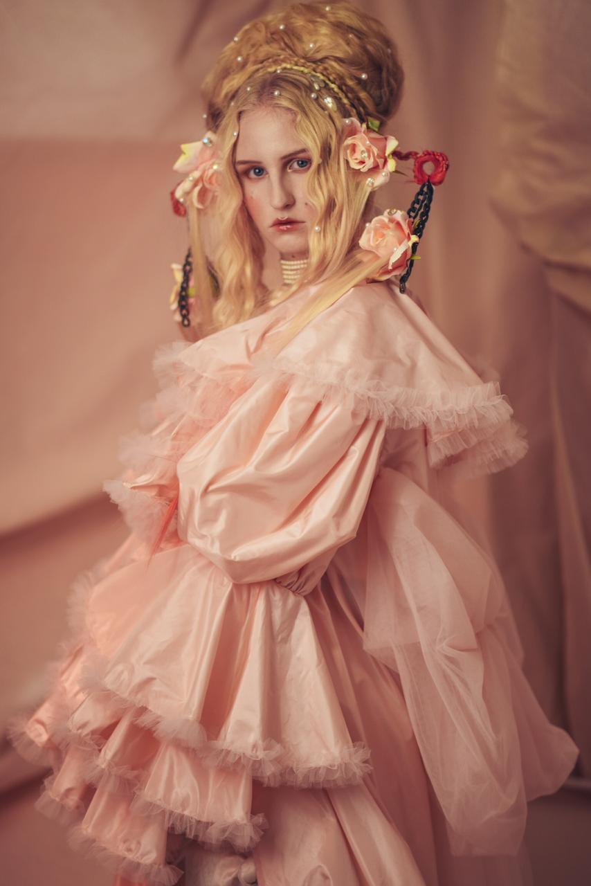 bad bunny spotify modela prenda diseñadora trans mexicana