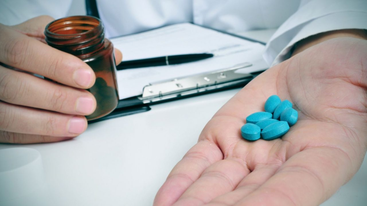 tomar muchas pastillas de Viagra
