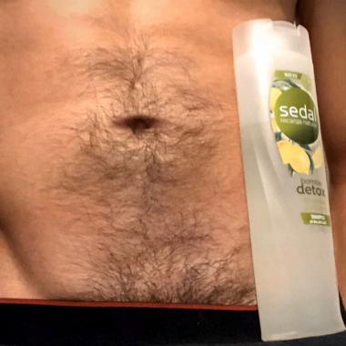 shampoo-challenge-hombres-botellas-shampoo-erecciones