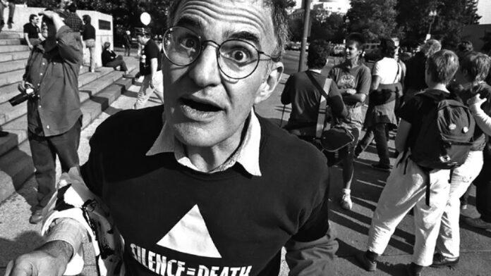 larry kramer activista gay VIH