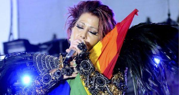 celebridades-hetero-bandera-gay