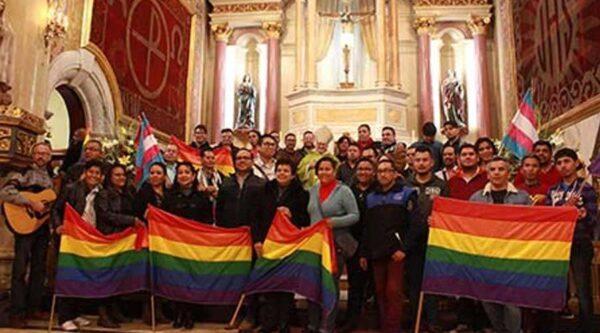 Organización LGBT San Aelredo en misa de aniversario