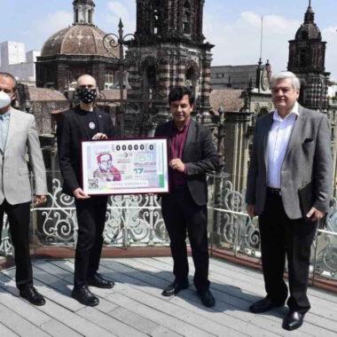 Lotería Nacional conmemorará a Carlos Monsiváis con billete especial.