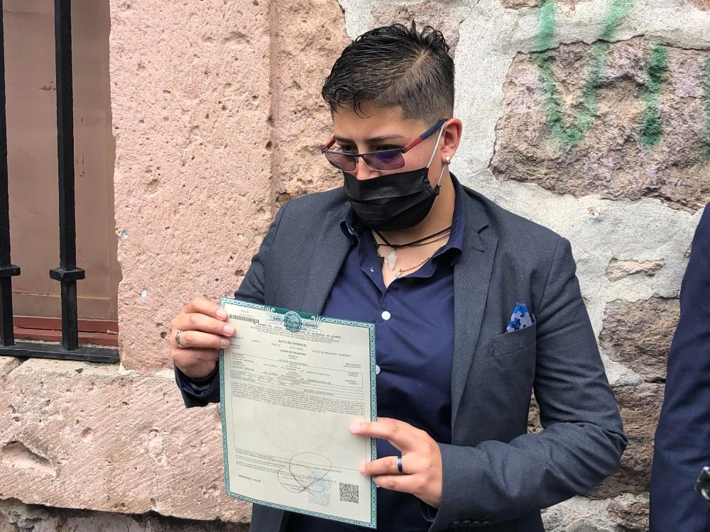 Celeste Maldonado divorcio lésbico Michoacán