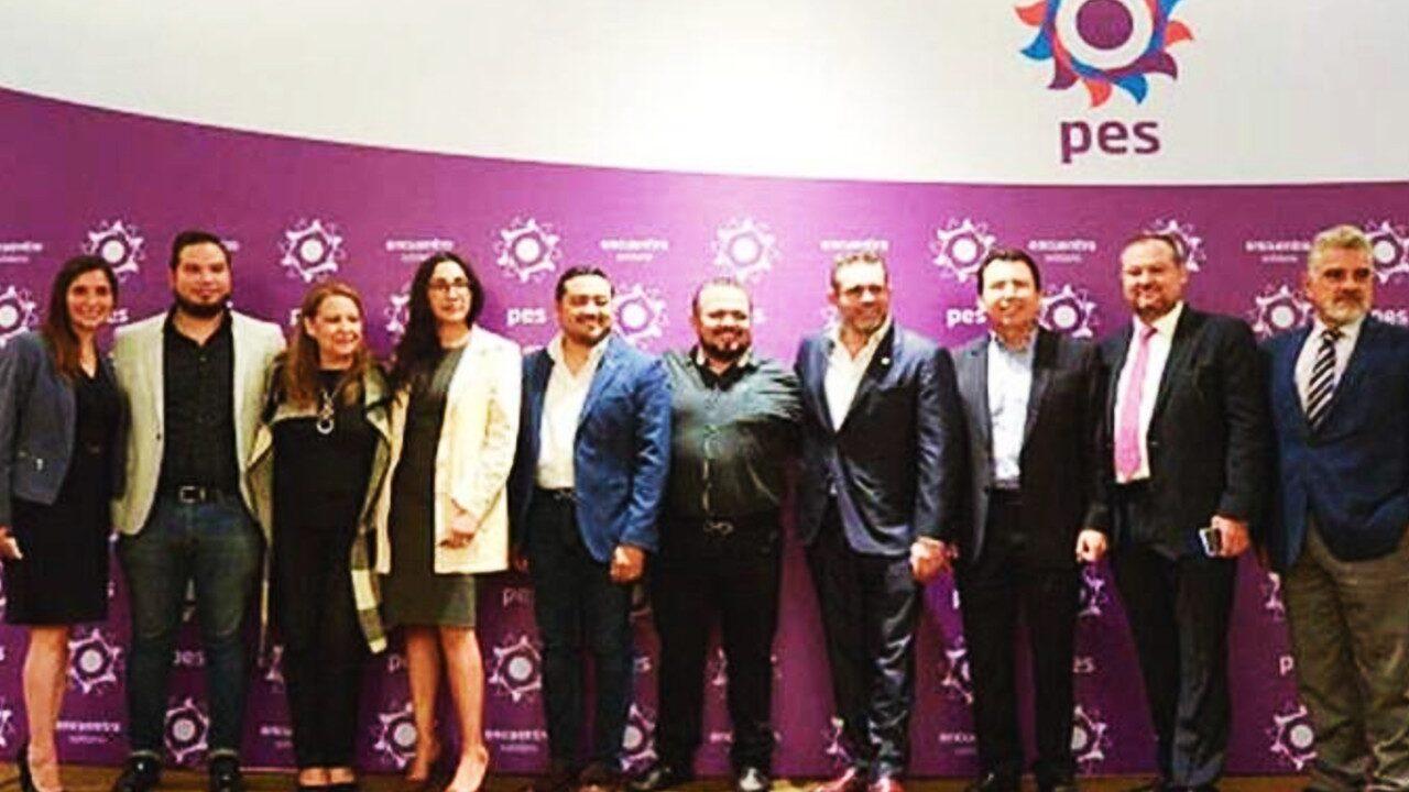 militantes del partido Encuentro Solidario