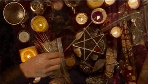 La brujería suele representar el poder de la femineidad.