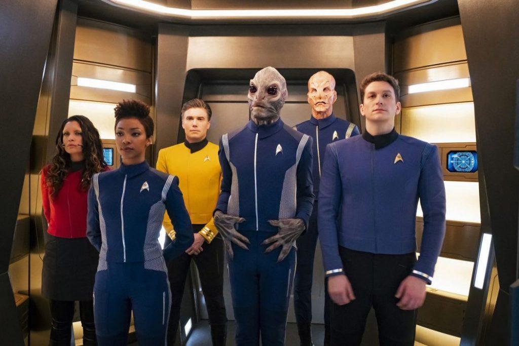 La Tripulación actual de Star Trek: Discovery, que tendrá personajes trans y no binario.