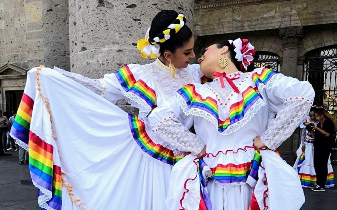 Representaciones LGBT+ de la cultura mexicana
