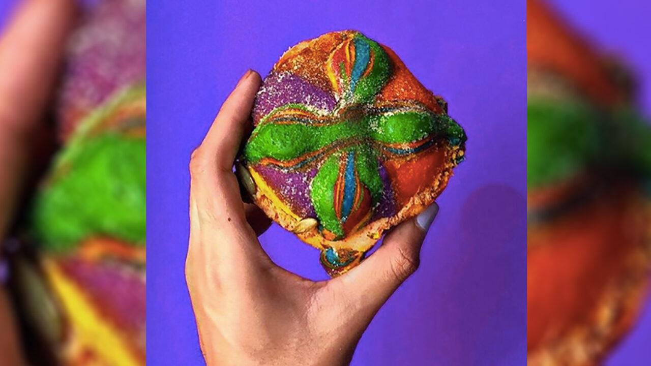 comprar pan de muerto de arcoíris