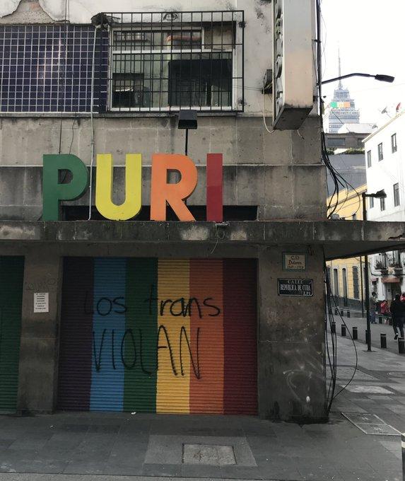 Purisima entrada mensaje transfobico arcoiris centro