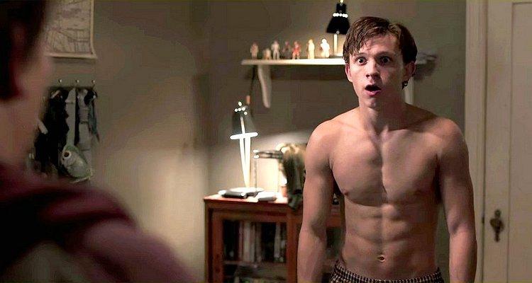 Tom Holland desnudo