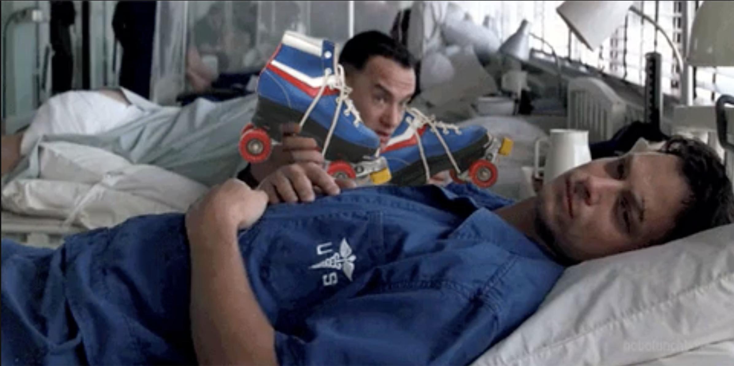 Tom Hanks con patines