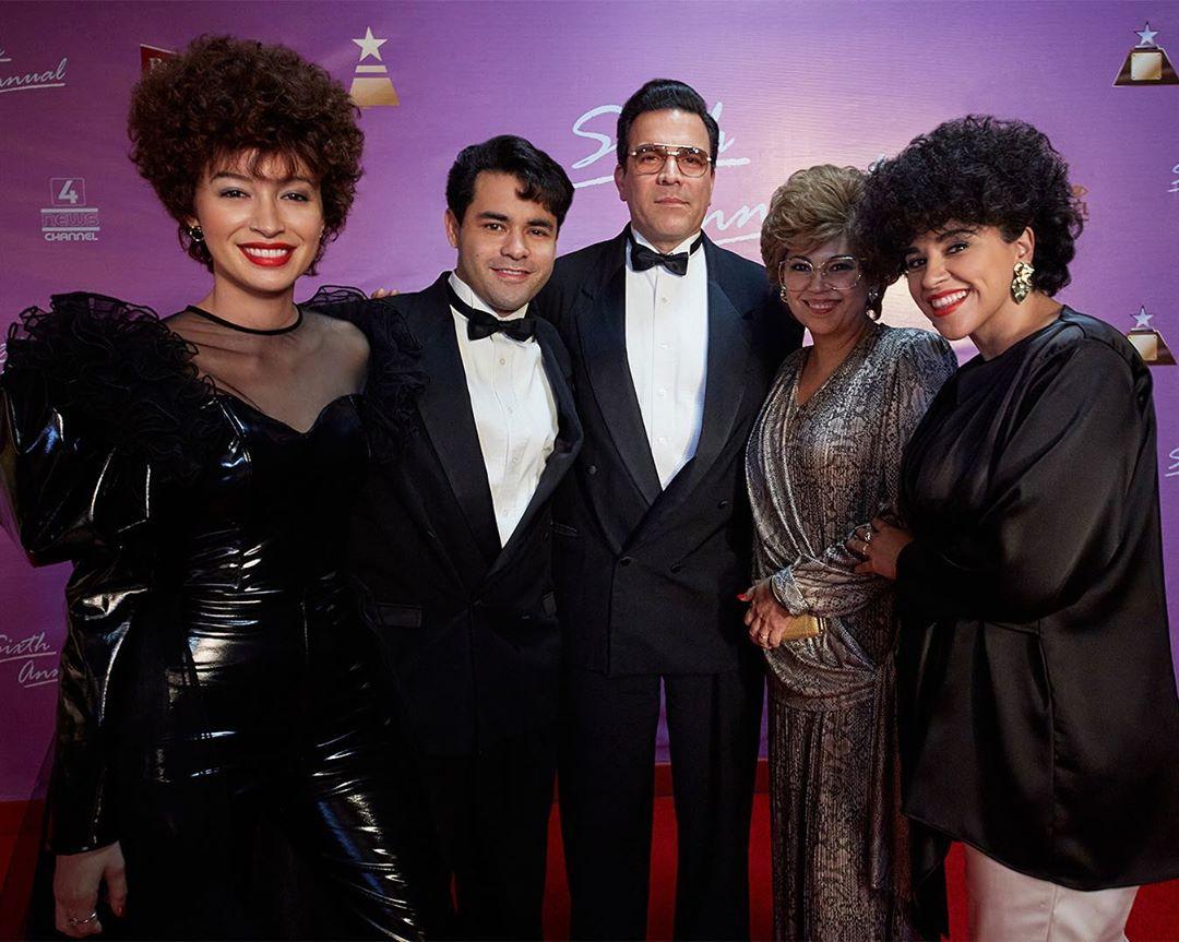 Familia Quintanilla en la serie de Selena