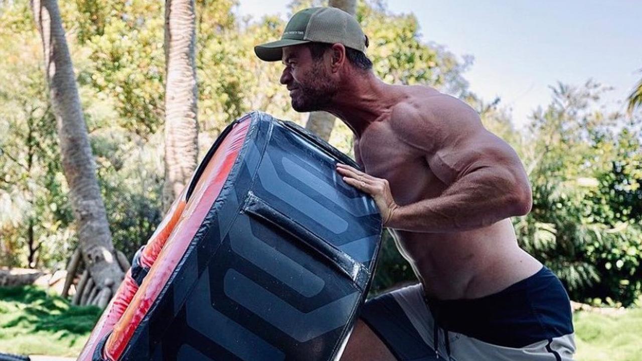 Chris Hemsworth músculos
