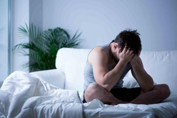 depresion echale ganas hombre cama