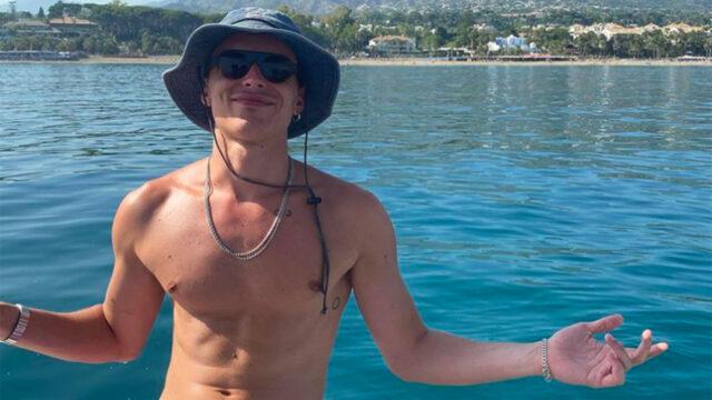 Aron piper actor elite pompis desnudo