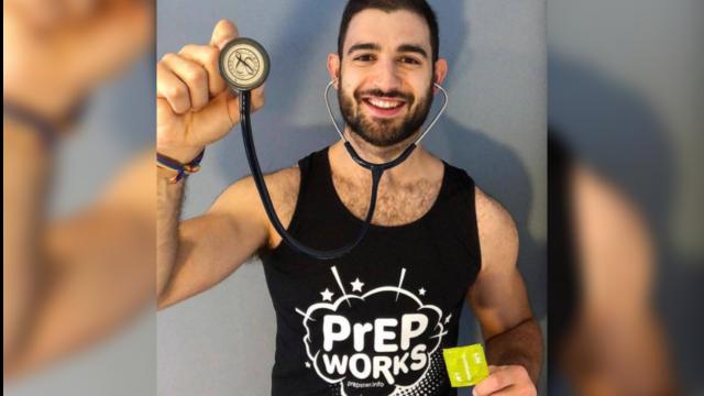 médicos LGBT+ que luchan contra la COVID-19