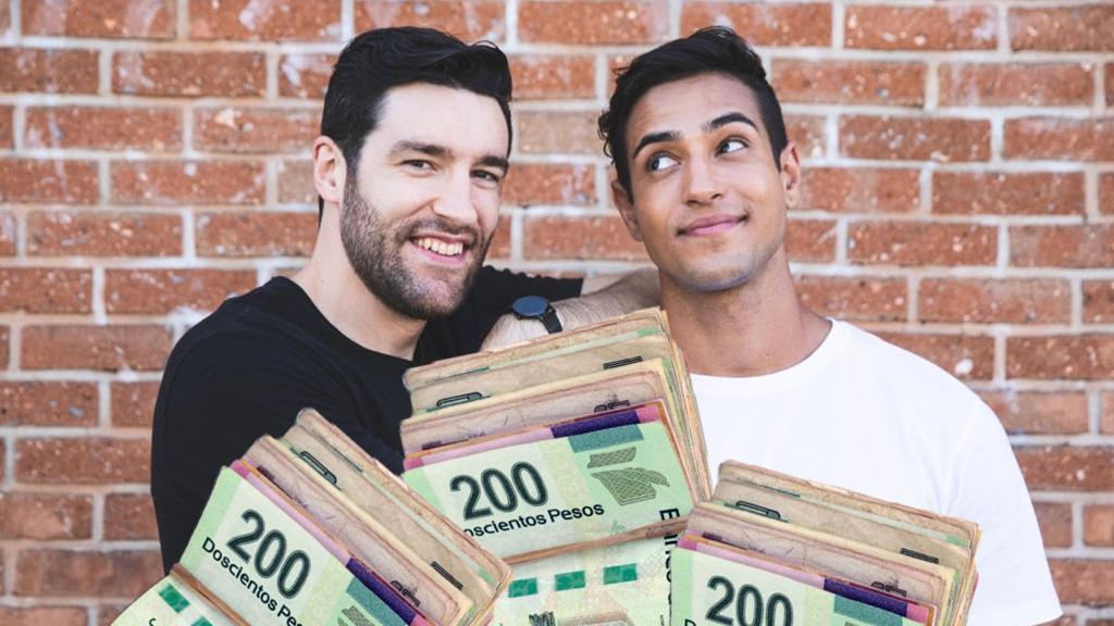 peleas pareja dinero gay homosexual tóxico