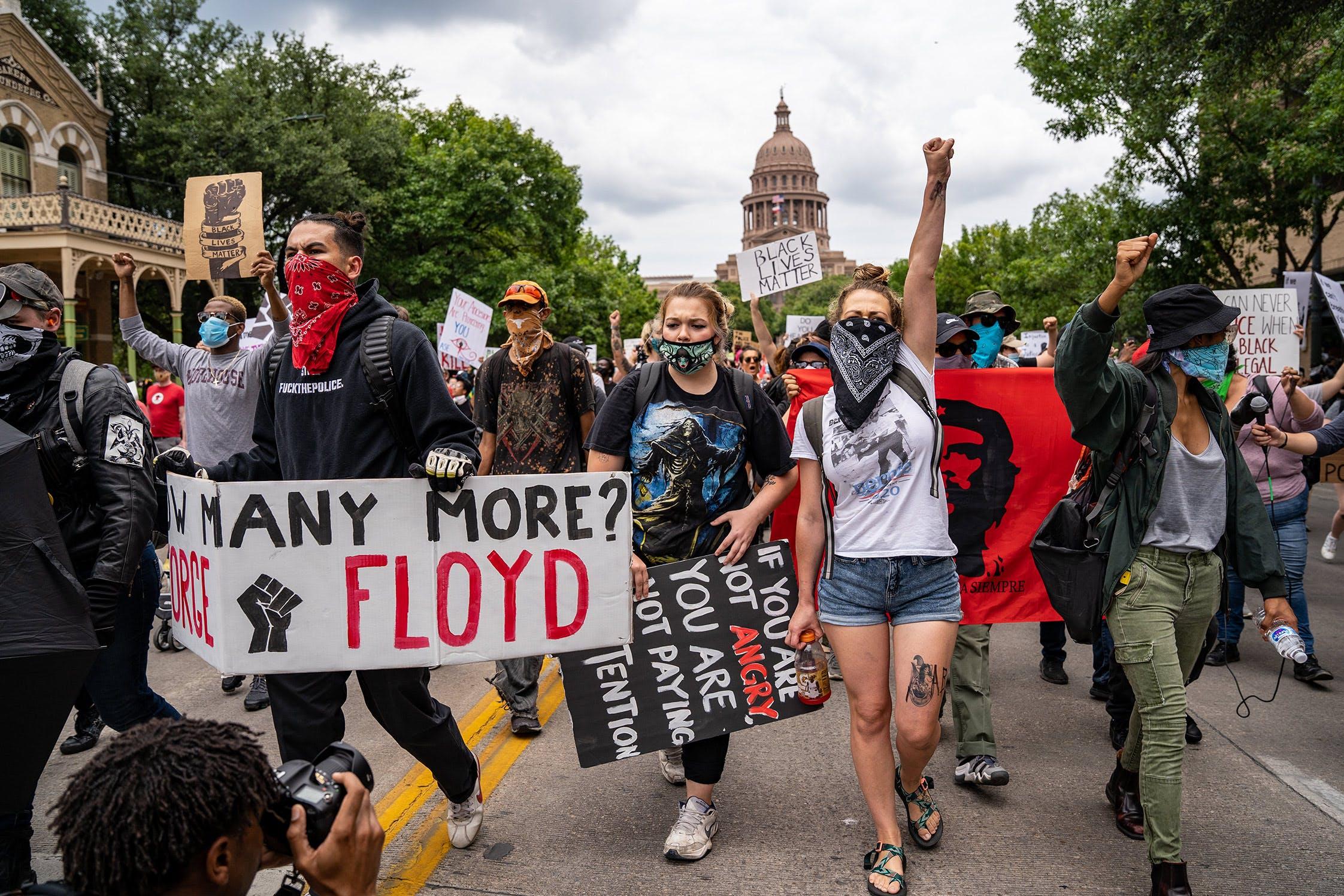 protesta mayo asutin texas policia gay
