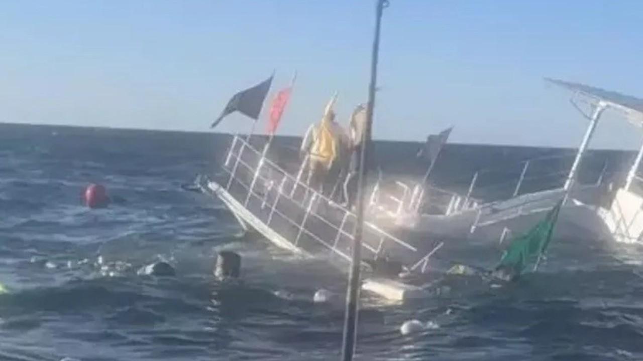 Hundimiento del crucero gay en Puerto Vallarta