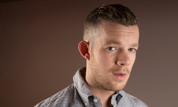 famosos rol sexual Russell tovey