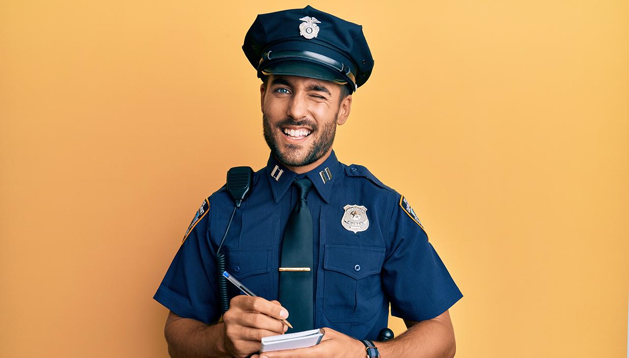 hombre policía juegos rol