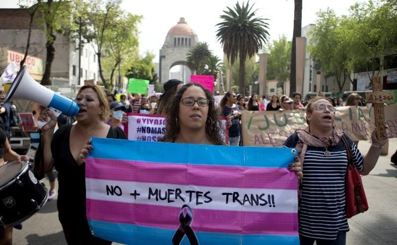 Programas sociales para trans, no binarias e intersexuales en CDMX y