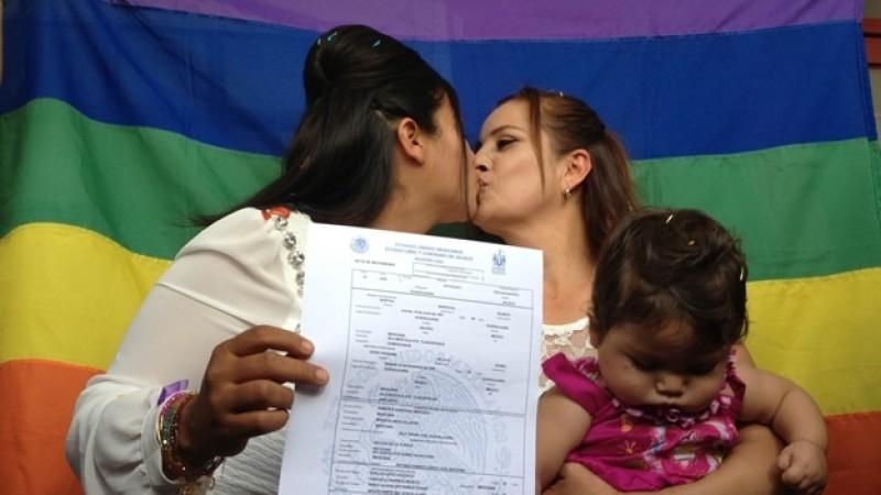 Bodas LGBT+ sin amparo en Jalisco