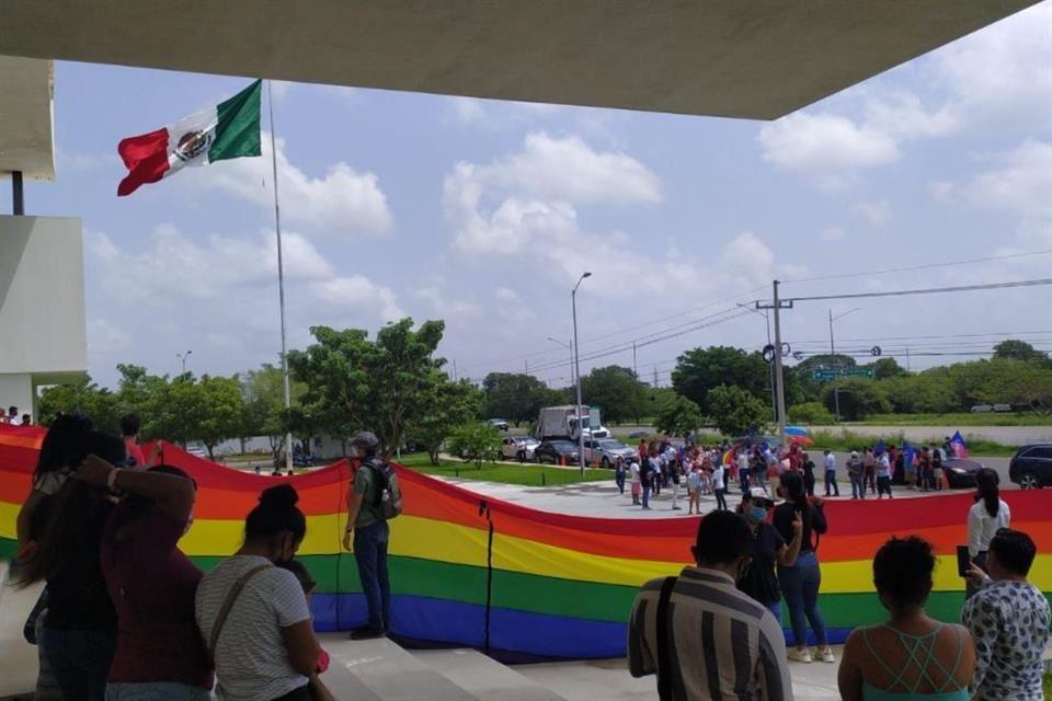 Aprueban matrimonio igualitario en Yucatán