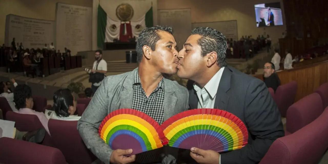 Veracruz permite el oncubinato LGBT+ pero no el matrimonio igualitario