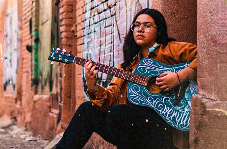 Ivonne Galaz canta corridos y se inspira en mujeres LGBT+
