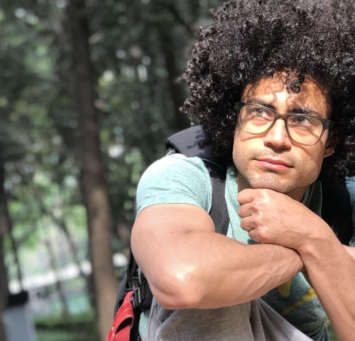 actores gay venezolanos Pastor Oviedo