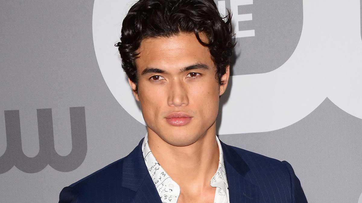 actores hot Riverdale Charles Melton