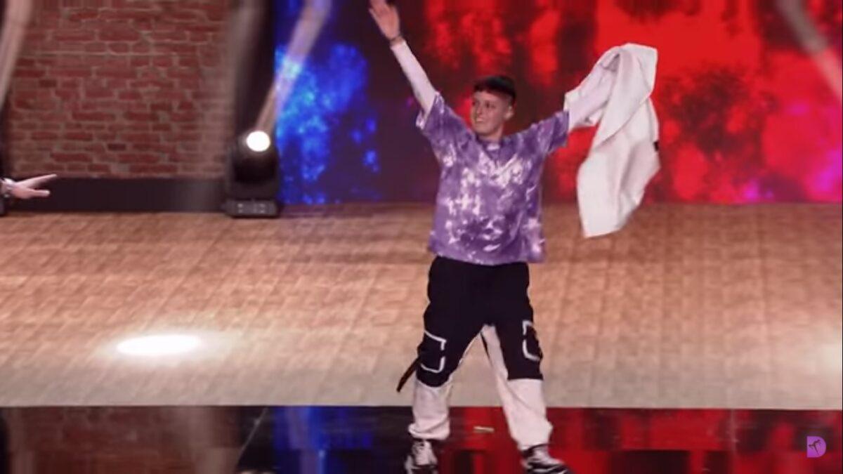 Chico trans del programa The Dancer