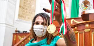 kenya cuevas medalla justicia congreso cdmx