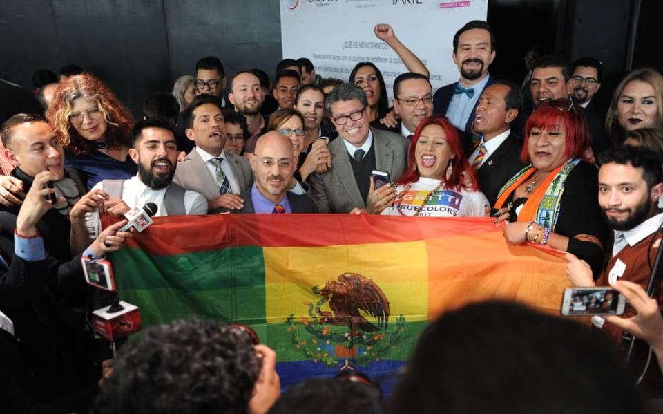 Bandera LGBT+ de México
