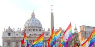 bandera gay vaticano