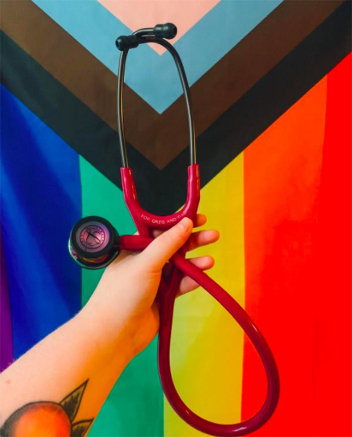 estetoscopia lgbt medico doctor