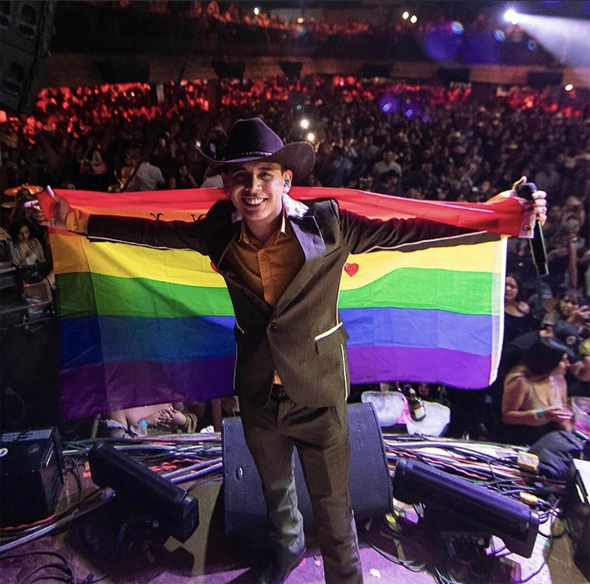 Jhonny Caz poder prieto gay orgulloso