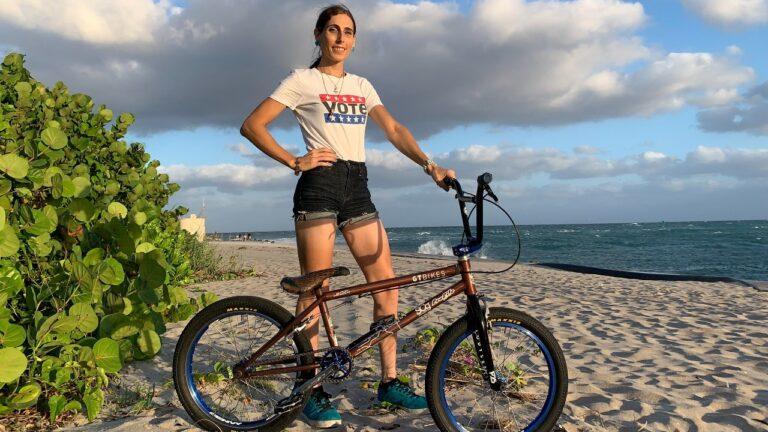 Chelsea Wolfe, ciclista trans presente en Juegos Olímpicos Tokio 2020