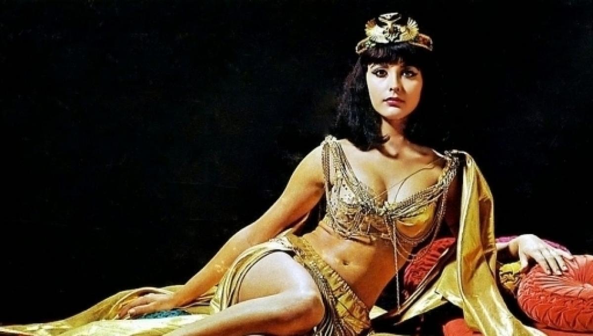 Cleopatra amante de Julio César