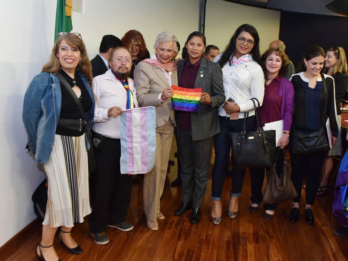 Segob y Conapred piden combatir crímenes de odio por transfobia y LGBTfobia