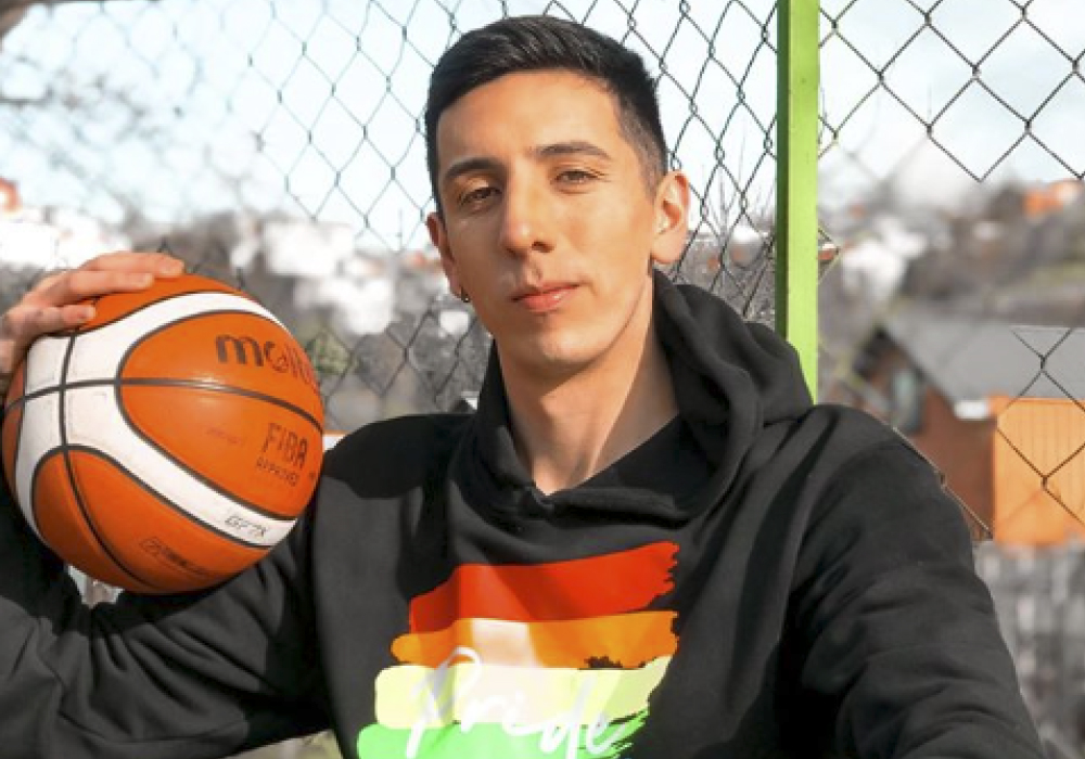 basquetbolistas gay Daniel Arcos