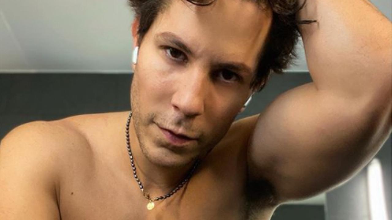Christian Chávez desnudo