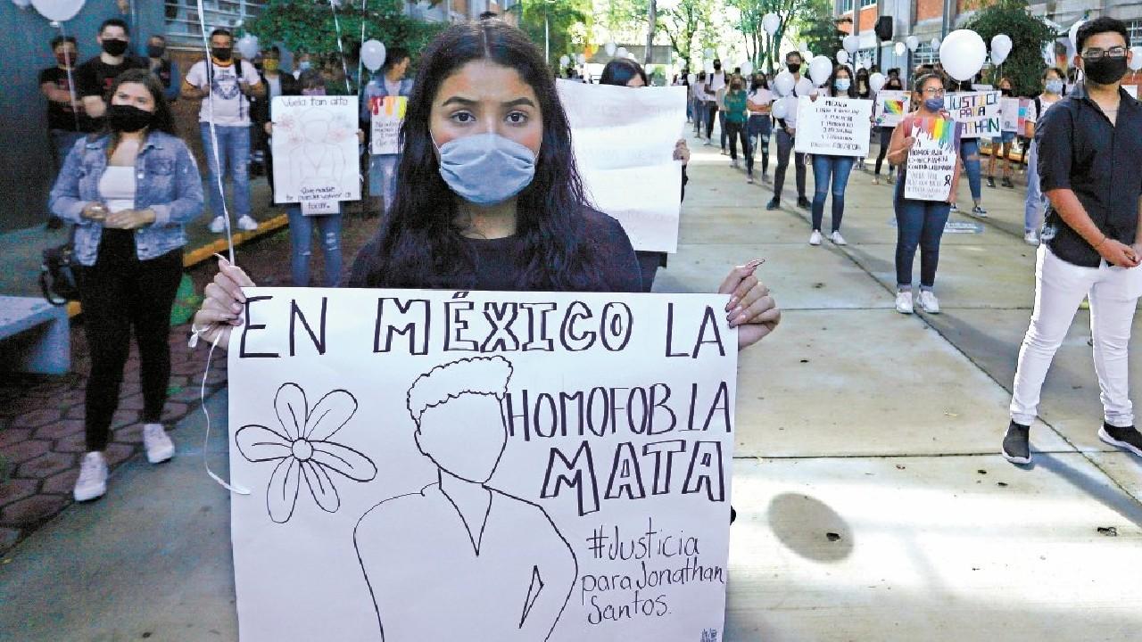 Leys homofóbicas que existen en México