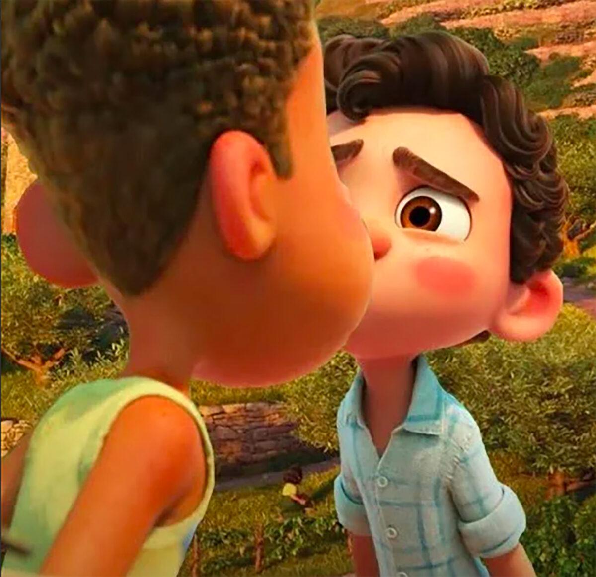 Luca y Alberto beso