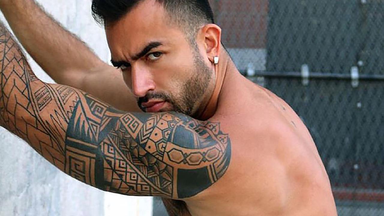 Óscar Mejía porno gay